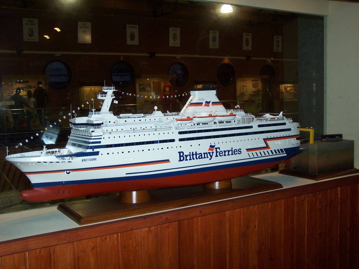 """Modelo naval """"Brittany Ferries"""""""